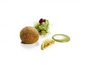 Chickpea and Mozzarella Ball Salad